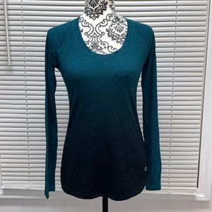 CALIA by Carrie Underwood Long Sleeve Size Small